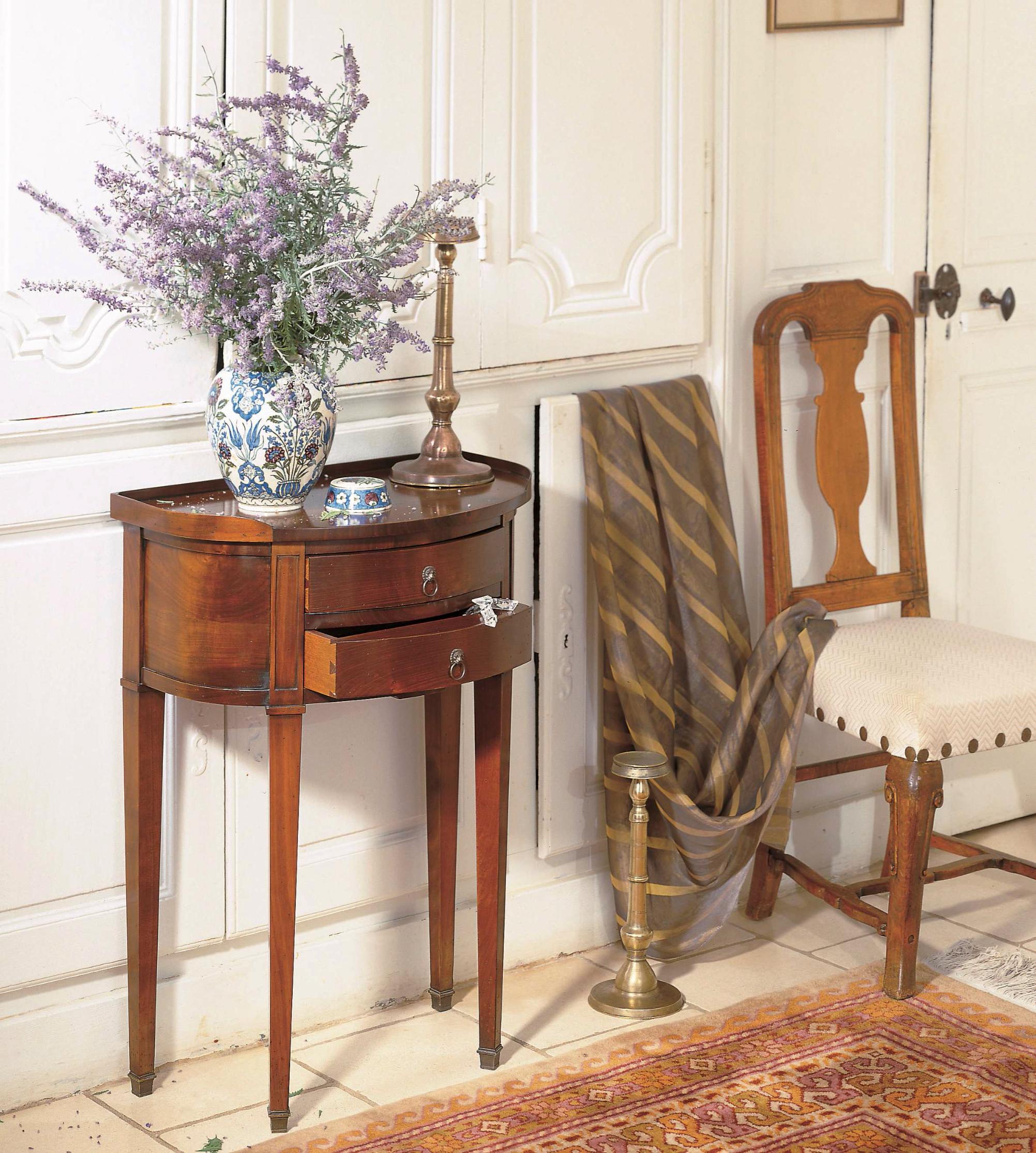 meubles richelieu tables de chevet de style directoire et louis xv. Black Bedroom Furniture Sets. Home Design Ideas