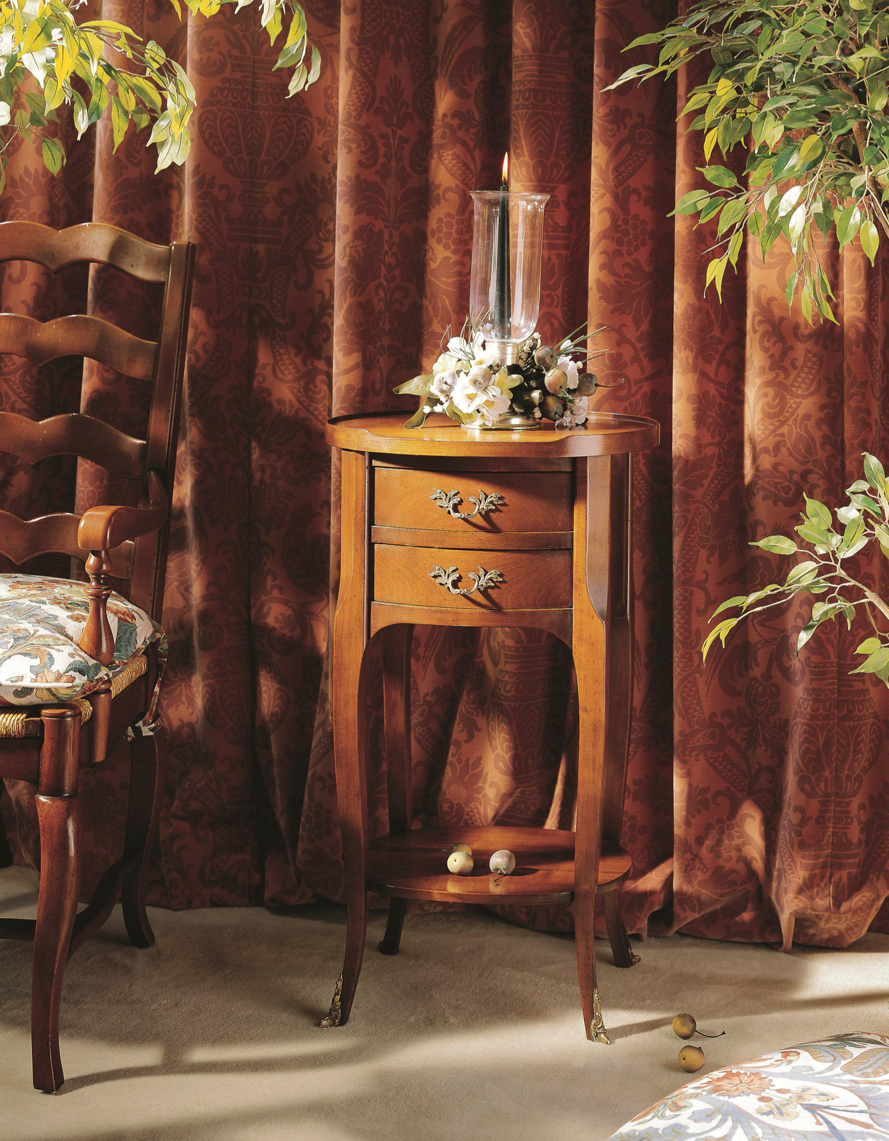 Meubles richelieu tables de chevet de style directoire - Meubles de chevet ...