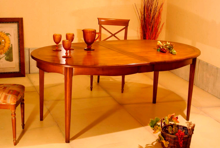 Richelieu-furnitures-oval-table