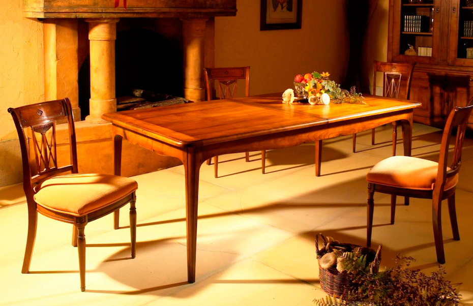 Richelieu-furnitres-rectangular-table